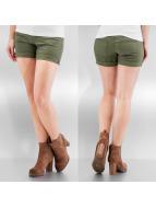 Vero Moda Shorts vmBe Five Low Pocket grün