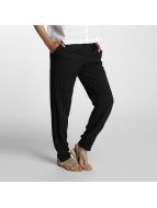 Vero Moda Spodnie wizytowe vmNow czarny