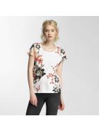Vero Moda T-paidat vmBella Adventures valkoinen