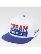 Who Shot Ya? Snapback Caps Dream valkoinen