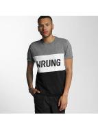 Wrung Division t-shirt Russell zwart