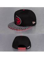 Yums Casquette Snapback & Strapback New Era Classic Trippy noir