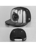 Yums Snapback Cap Black Tag IV Drenched black