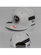 Yums Snapback Cap New Era Straight Black Tag grau