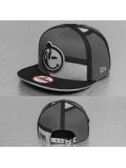 Yums Snapback Cap LUX Black Tag grey
