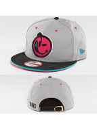 Yums Snapback Cap Blach Tag II Outline Suede grey