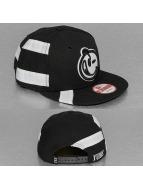 Yums Snapback Cap New Era Straight Black Tag nero