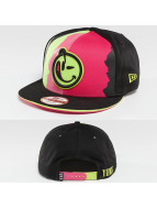 Yums Snapback Cap New Era Black Tag Torn nero