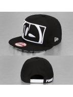 Yums Snapback Cap Logo schwarz