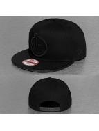 Yums Snapback Cap New Era Classic Camo schwarz