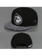 Yums Snapback Cap New Era Classic Outline Trippy schwarz