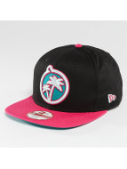 Yums snapback cap Paradise Palm zwart