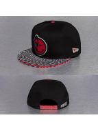 Yums Snapback Caps New Era Classic Trippy czarny