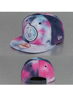 Yums Snapback Caps New Era Classic L7 musta