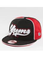Yums Snapback Caps Fantastic musta